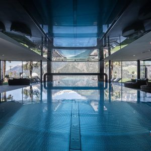 Underwater swimming pool door, Hotel Sonnenparadies