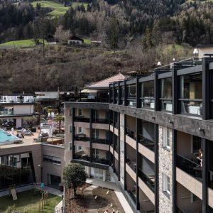 Automatic façade opening, Hotel Quellenhof