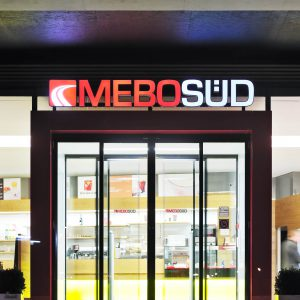 Linear sliding door, Mebosud