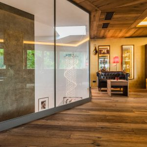 Glass partition, Quellenhof
