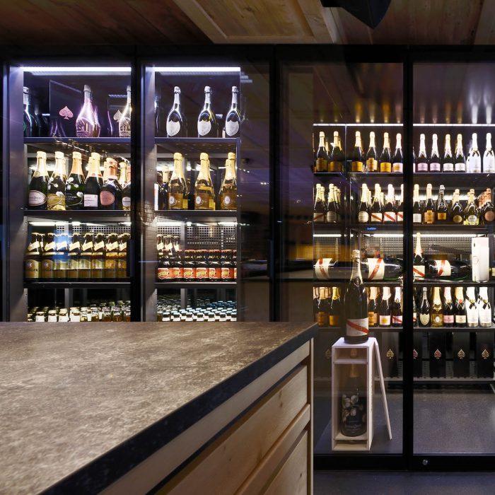 Wine cabinet, Mooserwirt