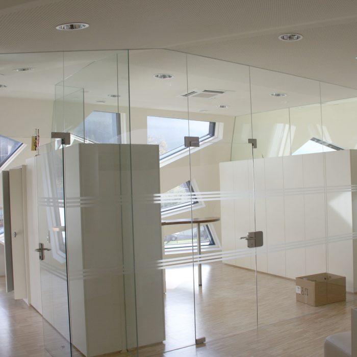 Glastrennswand, Gemeindezentrum Abfaltersbach