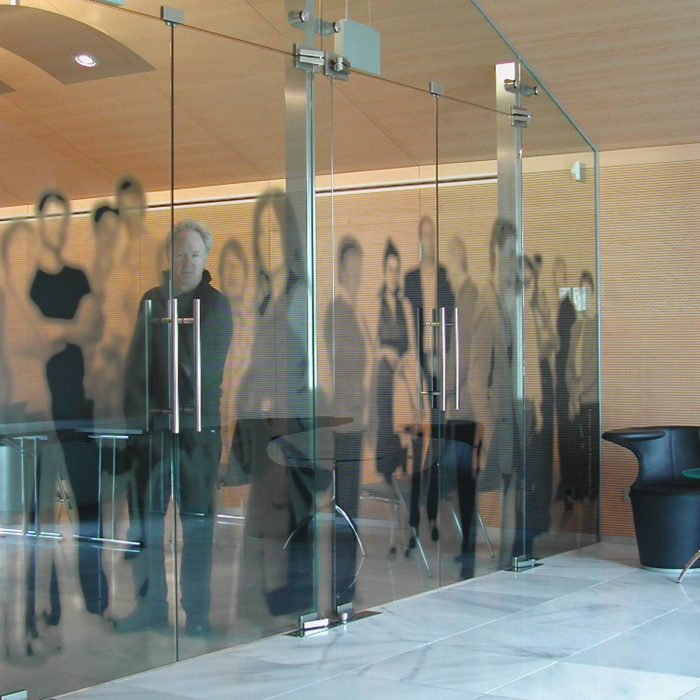 Glass partition, Raika Sterzing
