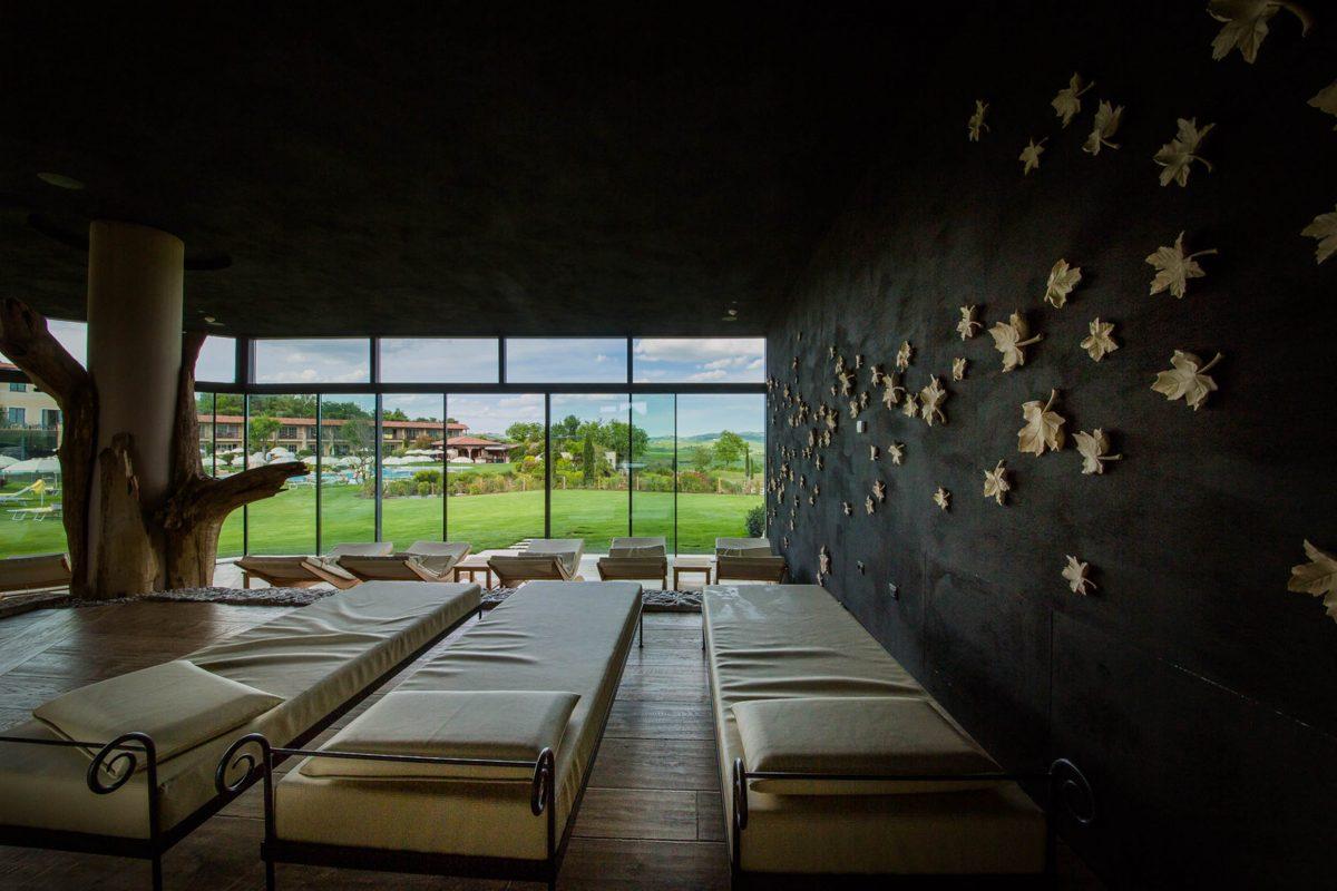 Automatische Fassadenöffnung Hotel Adler Thermae