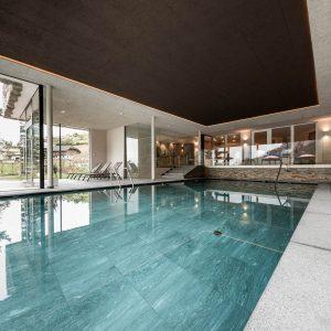Schwimmbadschleuse, Hotel Plunger